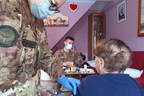 210421_-_vaccinazioni_militari_in_provincia_di_Chieti_002