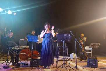 Casalbordino, emozioni per il concerto di musica napoletana classica di Anna Maione