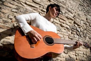 La cantautrice Lara Molino a Palmoli con il suo