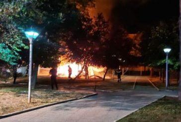 Giochi incendiati alla Villa Comunale, Sarchione: