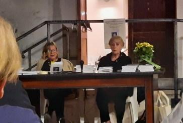 Casalbordino, una bella e vivace serata con le poesie di Giorgia Teresa Di Lullo e gli acquerelli di Bianca Benedetti