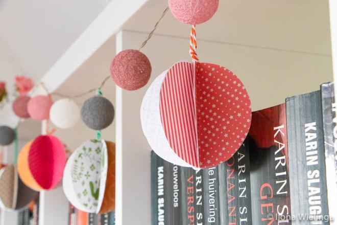diy kerstballen van papier 3