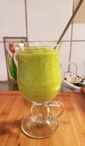 Roheline mango-apelsini smoothie
