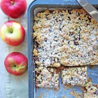 Cinnamon Caramel Apple Bars