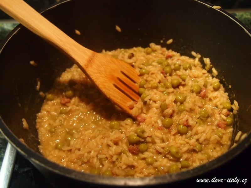 italské risotto s hráškem