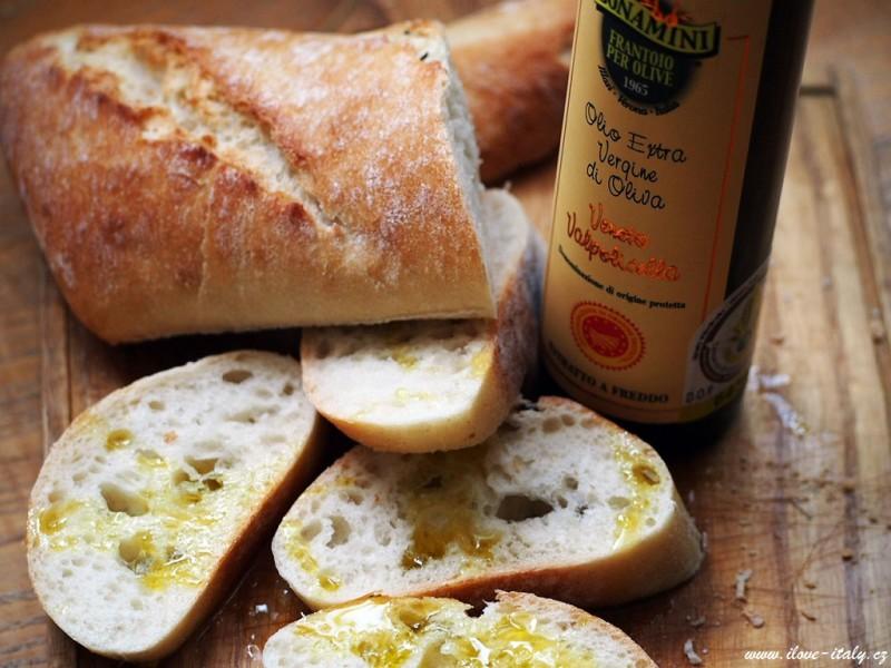 extrapanenský olivový olej itálie