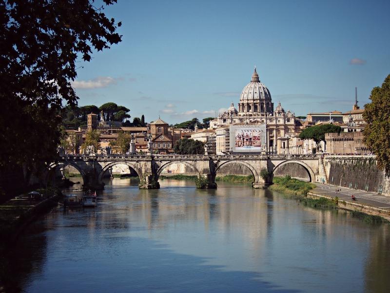 výhled z mostu na vatikán