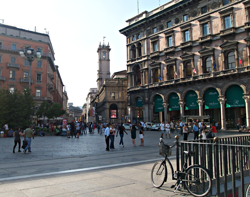 centrum milana - náměstí dómu