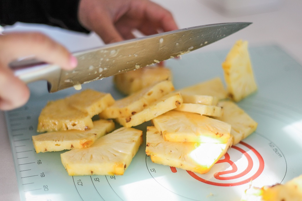 Living Gluten-Free Cutting Pineapples