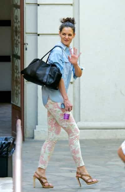 Katie Holmes Smiles As She Leaves A Dance Class