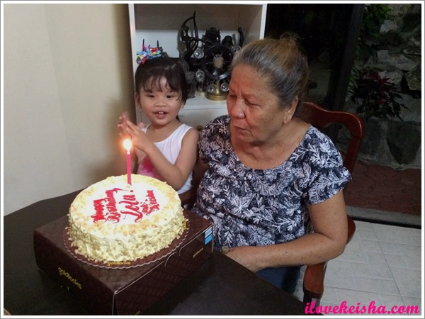 Happy birthday Lola!