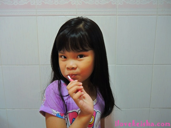 """Tips On How To Make Toothbrushing """"HAPEE"""" Time For Kids"""