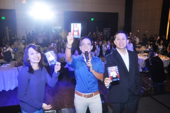 Ryan, together with Dr. Inciong and Mr. Jeoffrey Yulo, lead guests in commiting to having super moments, pain free