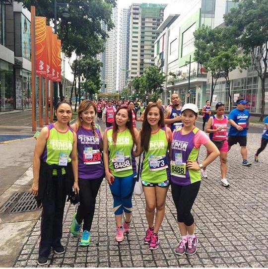 KayeFig at 8th Robinsons' Fit & Fun Wellness Buddy Run