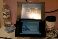 CES 2012 : Tablette NEC LifeTouch W dual screen 2