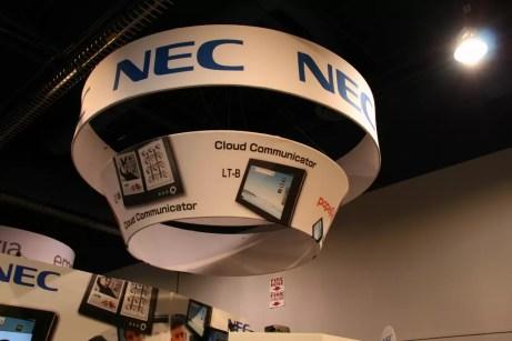 CES 2012 : Tablette NEC LifeTouch W dual screen 1