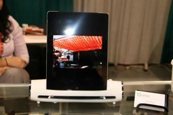 CES 2012 : Mustek nous présente le S400 Docking Station, un scanner pour iPad 1