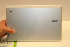 Acer Iconia Tab W700 : une tablette au design surprenant sous Windows 8 26