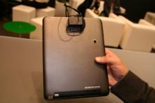 Prise en main de la tablette Archos 97 carbon au salon IFA 2012 à Berlin 5