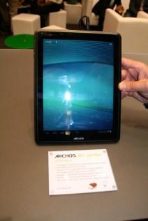 Prise en main de la tablette Archos 97 carbon au salon IFA 2012 à Berlin 8