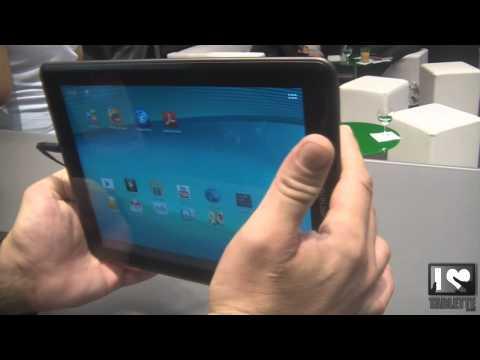 Prise en main de la tablette Archos 97 carbon au salon IFA 2012 à Berlin 9