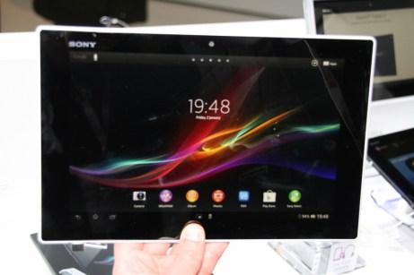 [MWC 2013] Prise en main de la tablette Sony Xperia Tablet Z 11