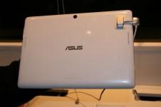 [MWC 2013] Prise en main et vidéo de la tablette Asus MeMO Tab Smart 5
