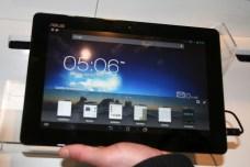 [MWC 2013] Découverte du Asus PadFone Infinity, entre smartphone et tablette tactile 10
