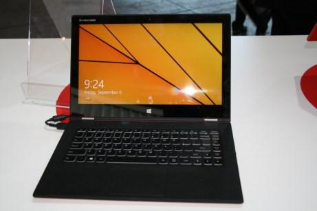 IFA 2013 : Prise en main de la nouvelle version du PC convertible Lenovo Yoga 2 Pro au format 13 pouces 6