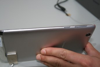 IFA 2013 : Lenovo IdeaTab S5000, une tablette 7 pouces sous Android 7