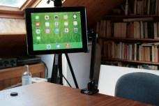 Test support et bras articulé pour iPad : Joyfactory Tube Tournez C-Clamp Mount 11