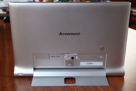 Test et avis tablette Lenovo Yoga Tablet 2 Pro 14