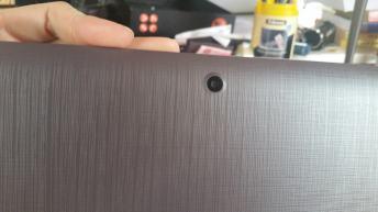 Test et avis tablette Acer Aspire Switch 12 E camera arriere
