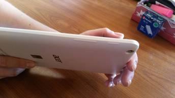 Test et avis tablette Acer Iconia One 8 power volume