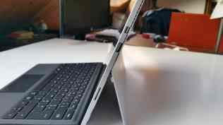 Test tablette Microsoft Surface Pro 4 connectique USB