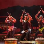 Abafazi terug naar theater met energieke en kleurrijke show African Sunset!