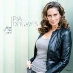 EERSTE MUSICAL SOLO-CD PIA DOUWES