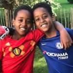 Joshua (10) en tweelingbroers Bekema en Sahladin (10) maken musicaldebuut als 'Fletcher' in 'The Bodyguard, the musical dinner show'