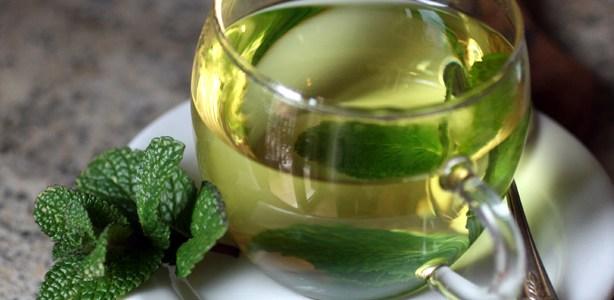 Tè alla menta e bellezza ovunque