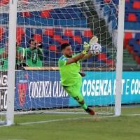 Il nuovo arrivato Falcone consegna la qualificazione al Cosenza che accede al prossimo turno di Coppa Italia