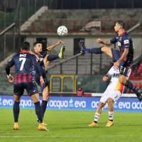 Quinto pareggio consecutivo per il Cosenza nella sfida spettacolare contro il Lecce