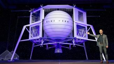 Jeff Bezos ha proposto uno sconto di 2 miliardi di dollari alla NASA per fare assegnare a Blue Origin un contratto per le missioni lunari