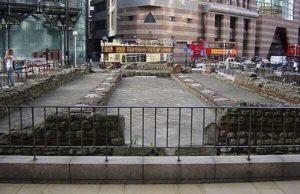 londra tempio mitra 2