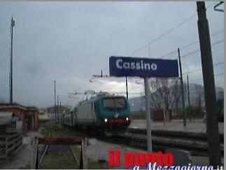 Bloccava ragazze sul treno Napoli Cassino e le costringeva ad assistere a masturbazione