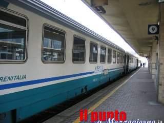 Maltempo, traffico ferroviario in tilt anche sulla linea Roma Cassino: ritardi fino ad un'ora e mezza