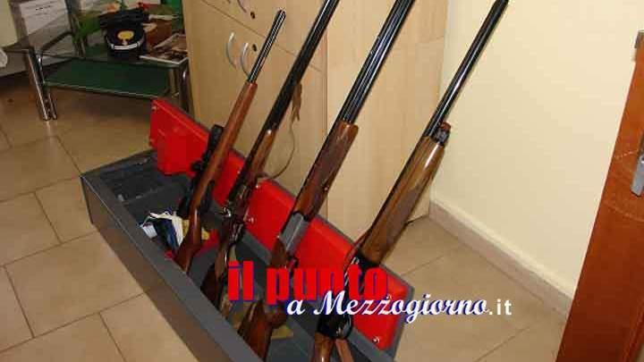 Capodanno, controlli in vista della notte di San Silvestro: sequestrate 11 armi tra pistole e fucili