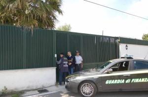 finanza-dda-sequestro-villa-capodrise-03