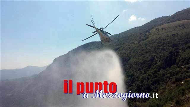 Fumome, elicottero antincendio costretto ad atterraggio di emergenza