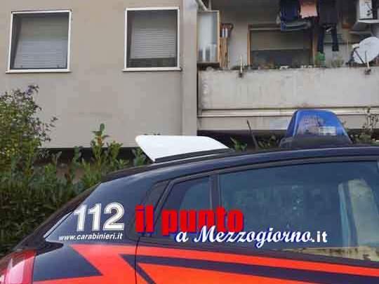 Coltivava cannabis in casa, sei piante e oltre 2 kg di hashish, arrestato dai carabinieri un 34enne di Supino