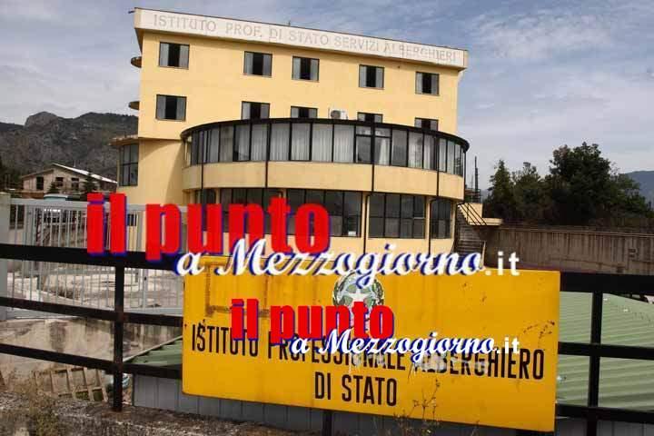 Crollo nell'istituto Alberghiero di Cassino, verifiche in corso